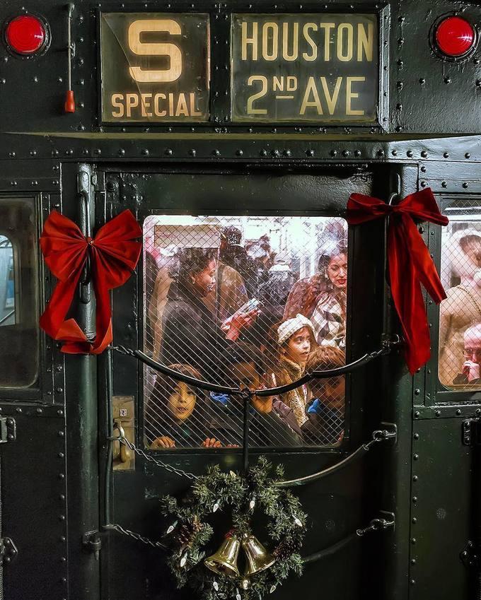 Đường tàu điện ngầm bí mật đưa người Mỹ trở về quá khứ