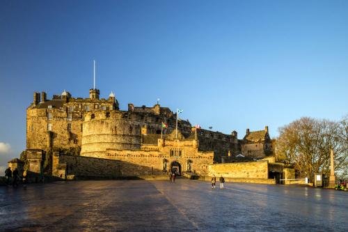 Lâu đài Edinburgh.