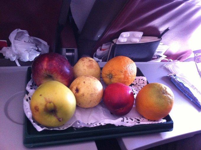 Những suất ăn khiến hành khách 'phát khóc' trên máy bay