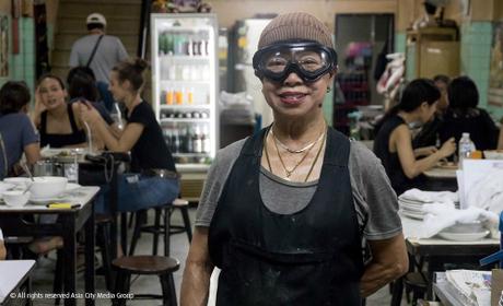 quan-an-via-he-o-bangkok-dat-sao-michelin