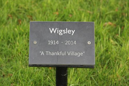 Wigsley - một ngôi làng may mắn ở Anh. Ảnh: AmusingPlanet.