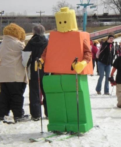 Liệu bạn có trượt tuyết nổi không khi mặc bộ trang phục giống thế này?