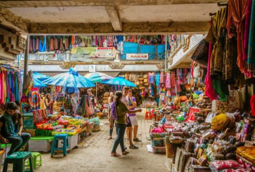 Tình trạng ép mua hàng cũng xảy ra tại Bali. Ảnh:iStock.