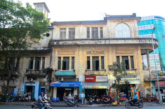 Tòa dinh thự 4 mặt tiền của đại gia Sài Gòn xưa