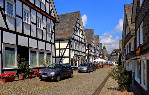 Khu trung tâm thị trấn này cũng được nhà nước Đức nhìn nhận là những công trình mang tầm quan trọng quốc tế.