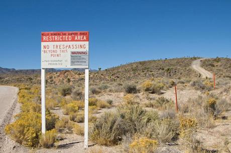 Căn cứ quân sự bí ẩn mang tên Vùng 51 của nước Mỹ, cách Las Vegas 100 km. Ảnh: Mirror.