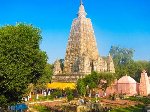 Charter Hành hương về miền đất Phật Ấn Độ do Vietravel Hà Nội tổ chức thu hút rất đông du khách quan tâm và đăng ký bởi tiết kiệm thời gian bay lên tới 5 tiếng.