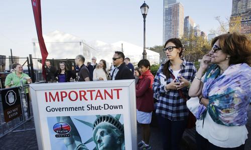 Chính phủ Mỹ đóng cửa, Tượng Nữ thần Tự do ngừng đón khách