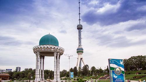 Khi còn là một phần của Đế chế Ba Tư cổ đại, Uzbekistan đã bị chinh phục bởi Alexander Đại đế vào thế kỷ 4. Quốc gia này giành được độc lập vào năm 1991, sau khi Liên bang Xô Viết tan rã. Ảnh:Nationsonline.