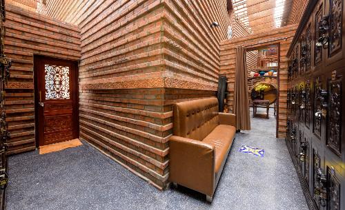 Spa có thiết kế phá cách về đường nét, bố cục nhưng vẫn tạo nên một tổng thể hài hòa ấn tượng.