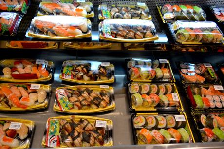 Tất cả món ăn được bán dưới dạng combo hoặc set mang đi, chỉ sử dụng trong vòng 24 giờ đảm bảo giữ nguyên hương vị tươi ngon.