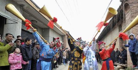 Trung Quốc là một trong số ít những quốc gia đón tết âm lịch hoành tráng và quy mô hơn tết dương. Ảnh: SCMP.