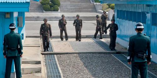 DMZ - khu phi quân sự thu hút nhiều du khách đến tham quan ở Hàn Quốc. Ảnh: RemoteLands.