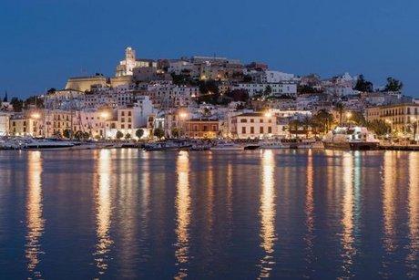 Airbnb là loại hình lưu trú đang được khách tởi Ibiza ưa chuộng. Ảnh:Alamy.