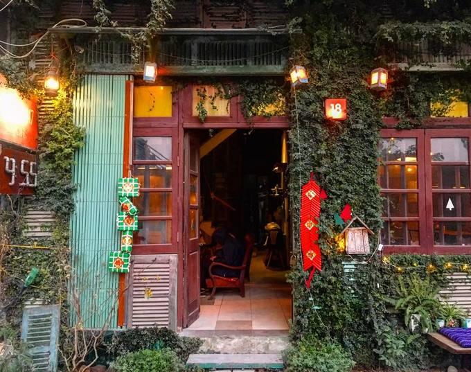 9 quán cà phê mở cửa xuyên Tết ở Hà Nội