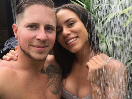 Jess và Justin đã có 6 năm hẹn hò. Ảnh: News.