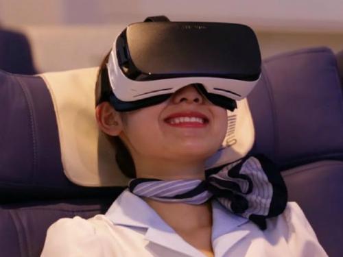 Hành khách đi trên chuyến bay kỳ lạ này sẽ được trải nghiệm mọi thứ y như thật qua thiết bị công nghệ thực tế ảo. Ảnh: News.