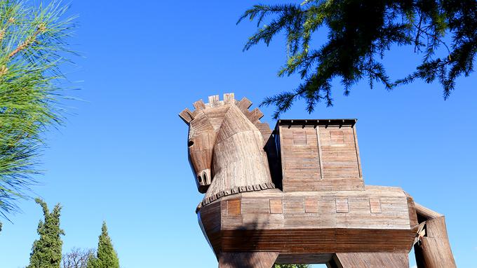 Bí mật bên trong ngựa gỗ khổng lồ ở thành Troia