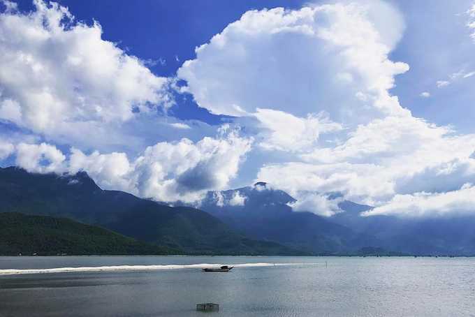 10 hồ từ bắc đến nam phượt thủ Việt không thể bỏ qua