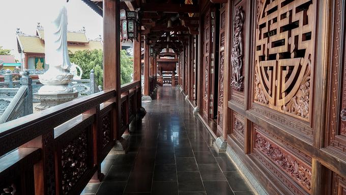 Ngôi chùa được ghép từ tên vợ chồng vua Khải Định