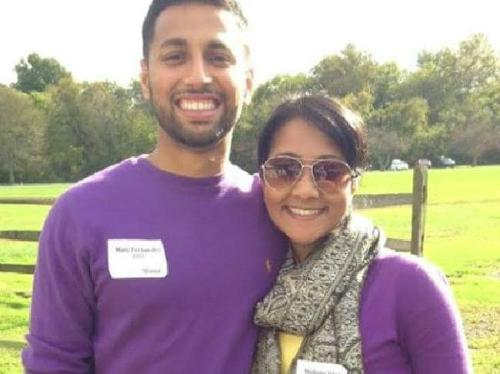 Cặp đôiMarc Fernandes vàAnshul Agrawal là hai trong số 5 hành khách buộc phải bay về Ấn Độ, thay vì được nối chuyến tới Mỹ. Ảnh: News.