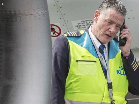 Kolk đã làm việc cho hãng hàng bày này suốt 40 năm. 25 năm trở lại đây, ông đảm nhiệm chức vụ trưởng nhóm quản lý đỗ cho máy bay. Ảnh: News.
