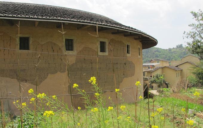 Những ngôi nhà tròn chứa cả trăm người ở Phúc Kiến