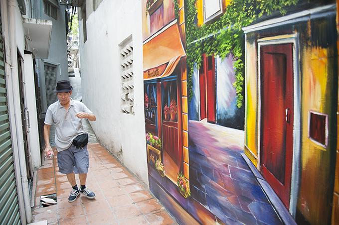 Những phố bích hoạ hút khách giữa lòng thủ đô