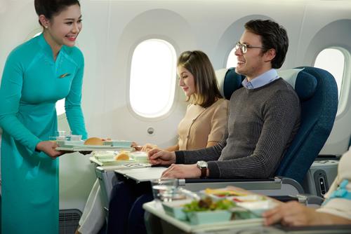 hãng được SkyTrax, tổ chức đánh giá hàng không uy tín của Anh, đánh giá đạt tiêu chuẩn 4 sao quốc tế
