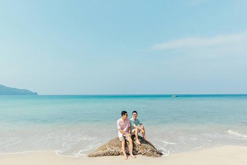 Theo nhà thiết kế, có 3 cụm từ phù hợp nhất để diễn tả Phuket, đó là: xinh đẹp, thân thiện và nóng như cái lò.