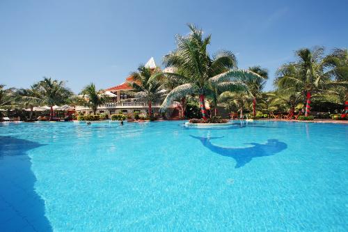 Golden Coast Resort 4 sao Phan Thiết khuyến mãi nghỉ dưỡng hè
