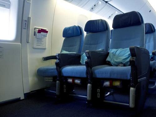 Bí mật về hàng ghế trống trong chuyến bay đường dài - ảnh 1