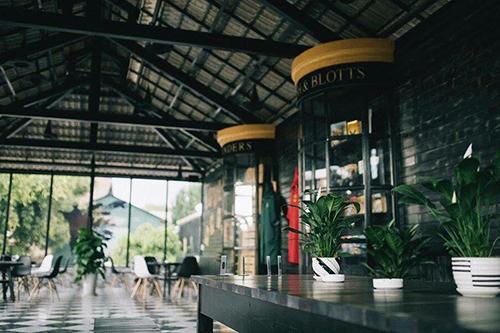Quán cà phê có không gian như truyện Harry Potter ở Đà Lạt - ảnh 3