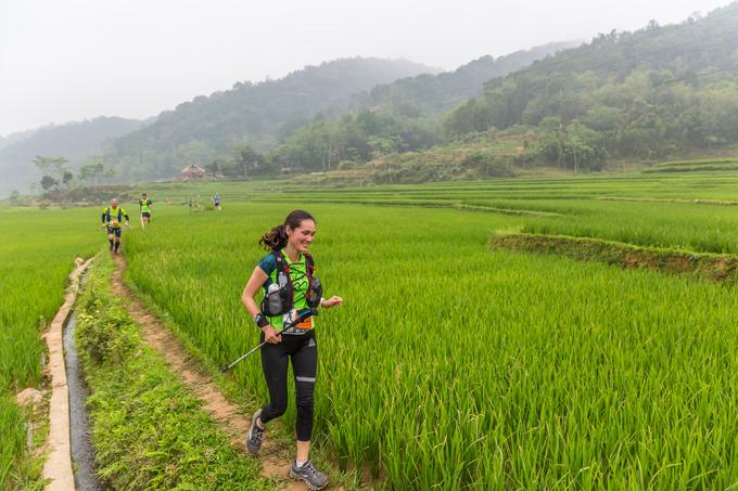 Cảnh đẹp trên đường chạy xuyên rừng Pù Luông