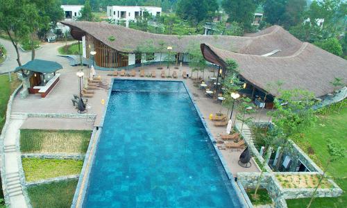 Website thường xuyên cập nhật các thông tin khuyến mãi của những resort hạng sang.