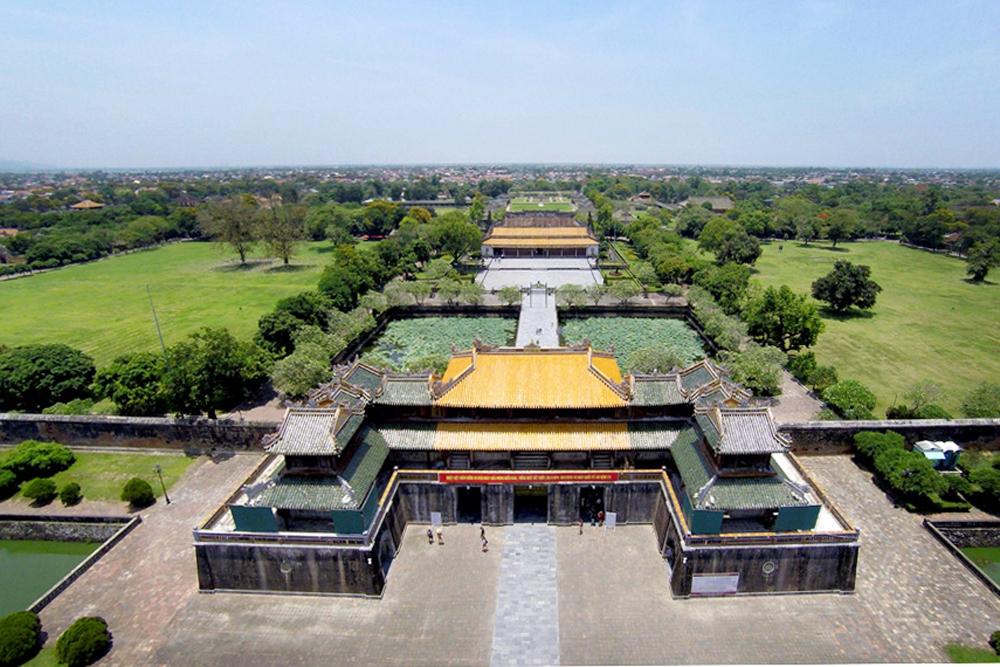 Dai-Noi-Hoang-Thanh-3-3241-1524736452.jp