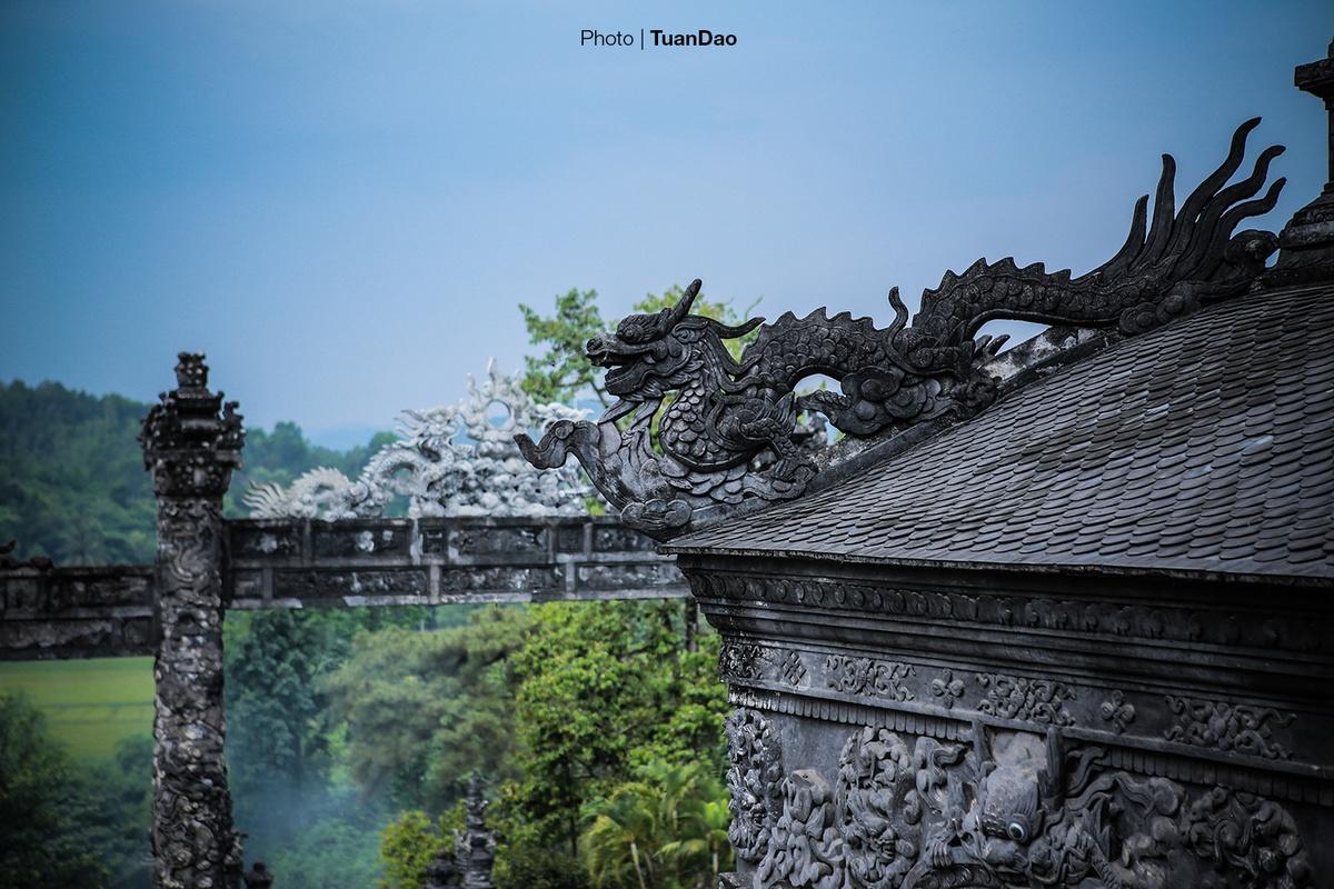Lang-Khai-Dinh-3-Tuan-dao-1592-152473645
