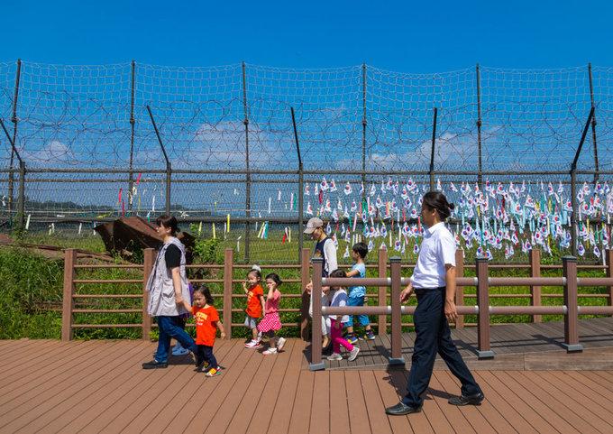 Bên trong làng đình chiến Panmunjom - nơi lãnh đạo Hàn Triều gặp nhau