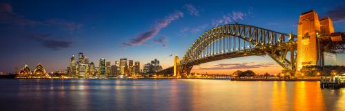 Australia được thiên nhiên ban tặng những cảnh quan thiên nhiên quyến rũ, bốn mùa tươi đẹp, không khí xanh sạch và đời sống chất lượng cao.