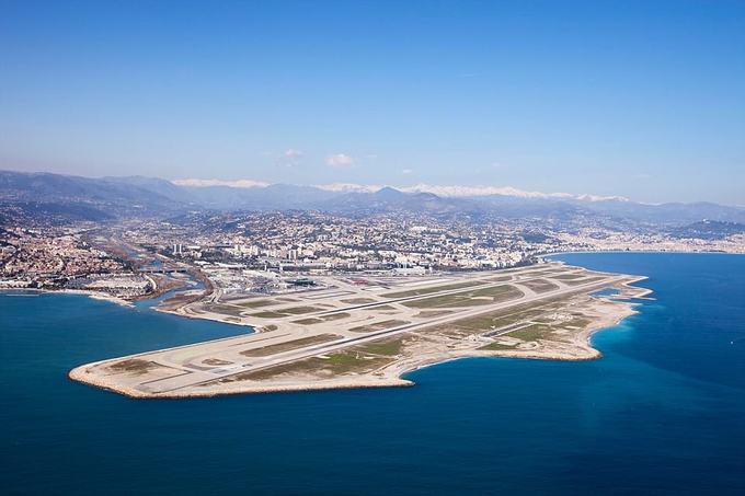 10 sân bay có quang cảnh đẹp nhất thế giới 2018