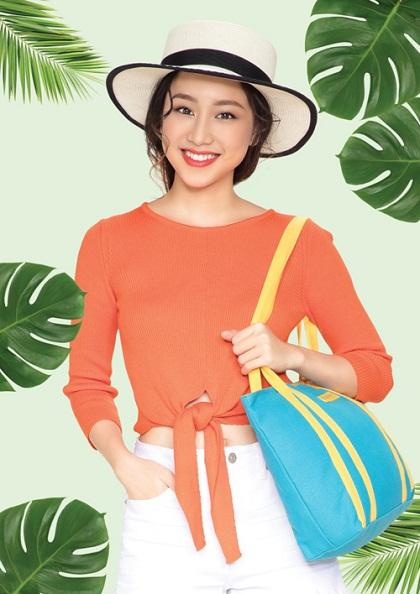 Tropical style đang là một trong những trào lưu chủ đạo của thời trang hè 2018.