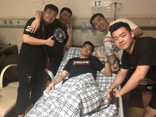 Cơ phó Xu Ruichen đang hồi phục trong viện. Ảnh:Twitter.