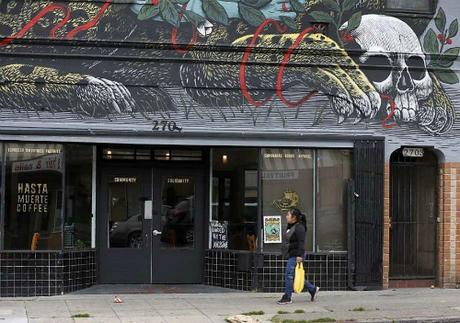 Phía trước quán cà phê. Ảnh:SFGate.