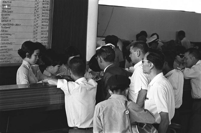 Ảnh đen trắng về Sài Gòn những năm 1960 của nhà báo Pháp