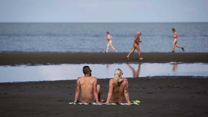 10 bãi biển khỏa thân tốt nhất thế giới