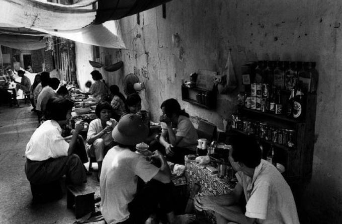 Ảnh Hà Nội 27 năm trước của nhiếp ảnh gia Pháp