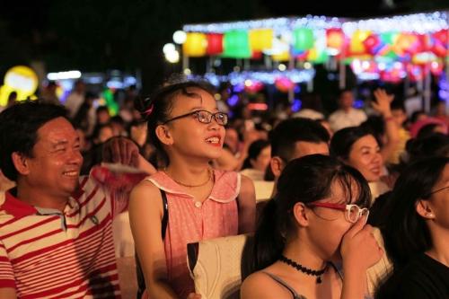 Bên trong lễ hội đèn lồng lớn nhất Đà Nẵng - ảnh 5