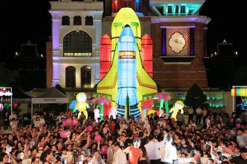 Bên trong lễ hội đèn lồng lớn nhất Đà Nẵng - ảnh 6