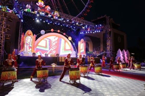Bên trong lễ hội đèn lồng lớn nhất Đà Nẵng - ảnh 1