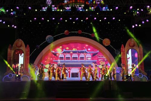 Bên trong lễ hội đèn lồng lớn nhất Đà Nẵng - ảnh 4